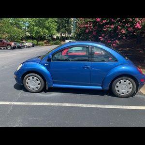 2000 Volkswagen Beetle car or pieces